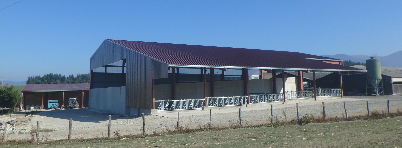 Bâtiment de stockage et d'élevage (63)