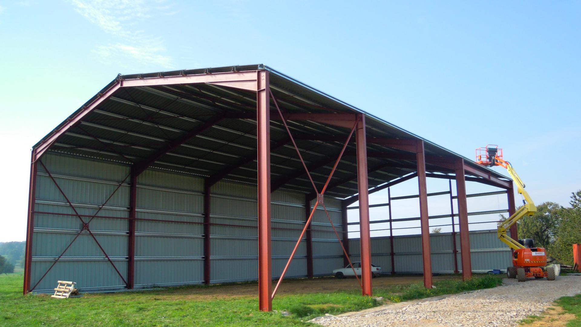 Agri Standard 2000 - Spécialiste du bâtiment agricole en charpente métallique